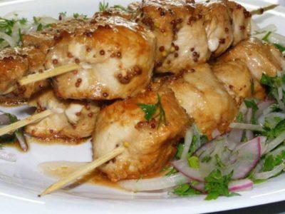 Сочный и безумно вкусный шашлык из курицы