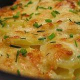 Картофель запеченный в кефире под сыром