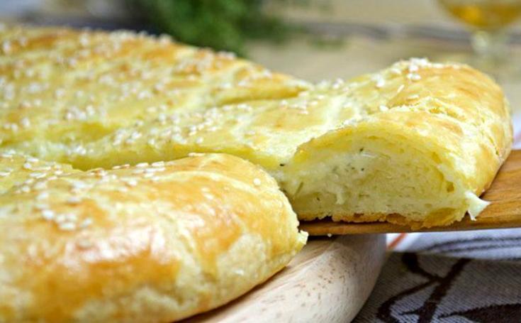 Очень вкусная творожная лепёшка с сыром