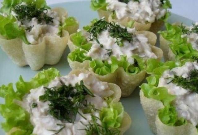 Вкусные тарталетки с тунцом