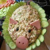 Салат на Новый 2019 год в виде свинки