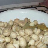 Маринуйте грибы сами