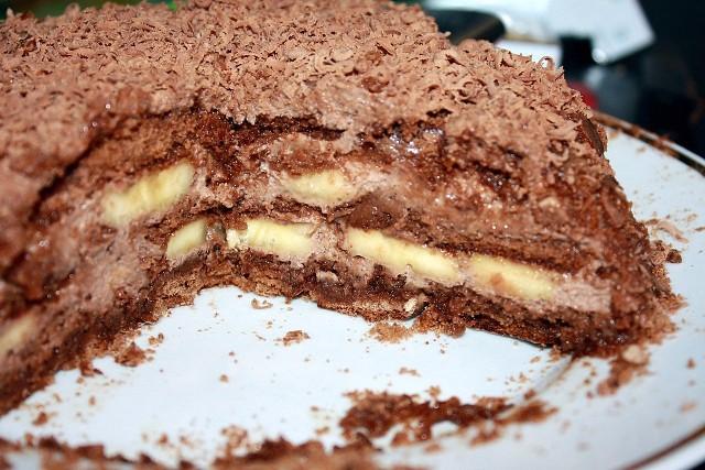 Шоколадно-банановый торт из пряников