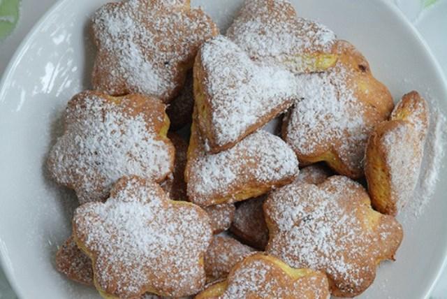 Тыквенно-творожное печенье получается мягкое, не рассыпчатое, в меру сладкое и о-очень ароматное.