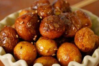 Как приготовить молодую картошку в духовке и на плите