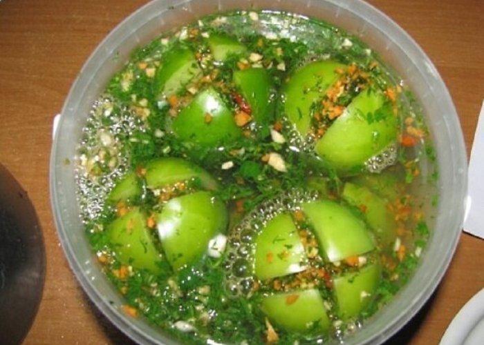 """Зелёные помидорки """"в шубке"""". Оригинальная закуска к застолью."""