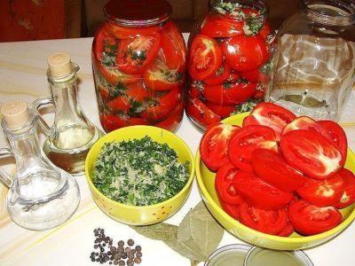 pomidori-konservirovannie-polovinkami-foto-400x300-1