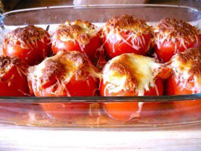 zacuska-iz-pomidor-s-sirom-400x300-1
