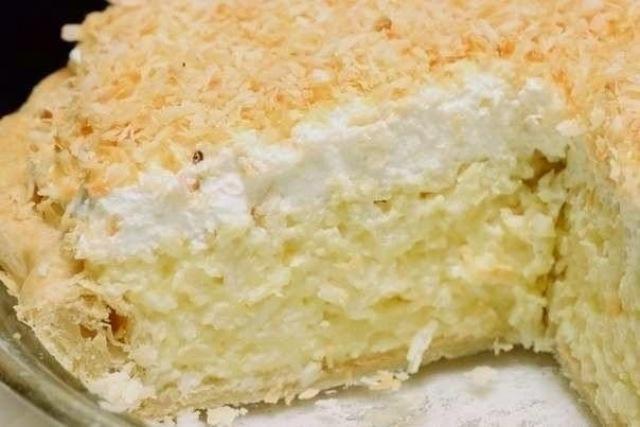 Кокосовый пирог со сливками - очень легко приготовить
