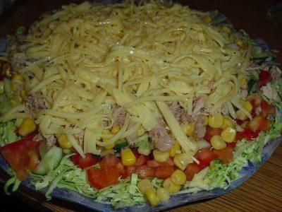 Салатик «Легкий».  Просто вкуснецкий салатик! Легкий, свежий, сочный, просто удивительный…