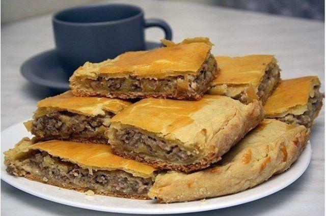 Пирог с сыром и мясом! Отличный рецепт - палочка - выручалочка! Пробуем!