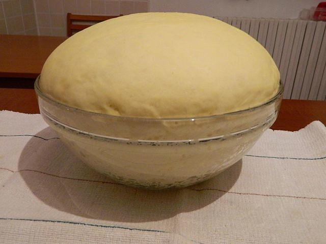 Настоятельно советую вам обратить внимание на тесто - оно обалденное! Тесто для пирогов, пирожков, пиццы