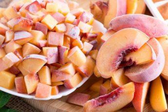Замораживаем персики на зиму: без потери вкуса