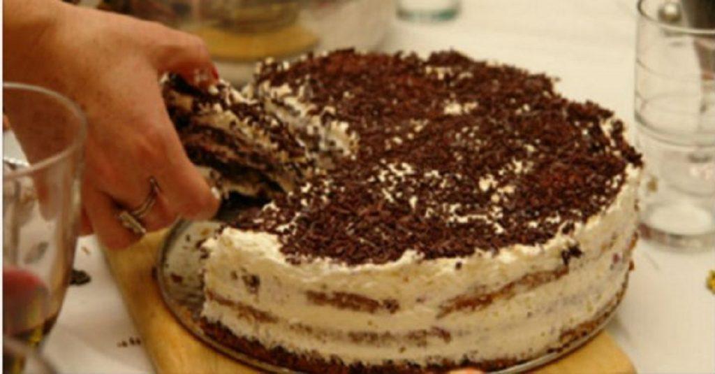 Домашний тортик на скорую руку печем уже лет 20. Не сравнить с покупным. Советую.