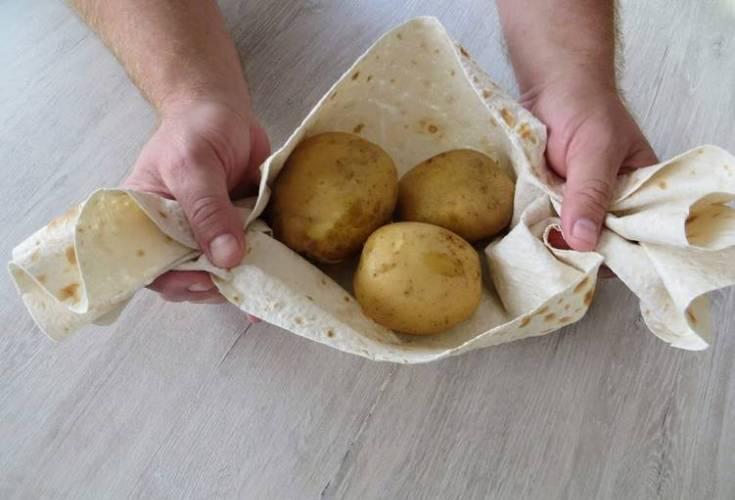 Пирог с картошкой из Лаваша! Очень быстро и невероятно вкусно!
