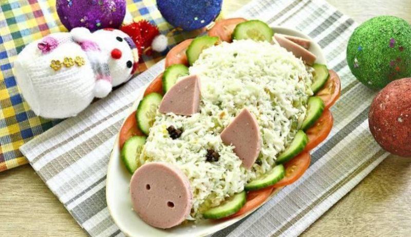 salat-svanka-novogodniy-oblojka