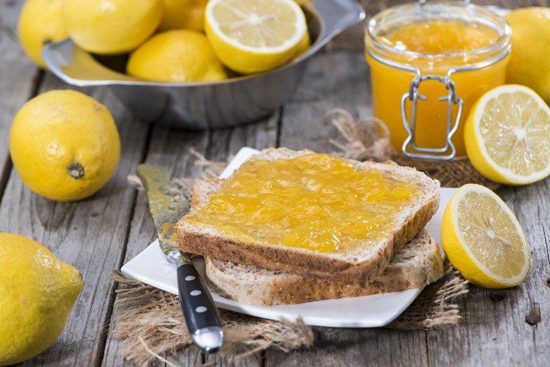 fruity-homemade-lemon-jam-with-some-fresh-fruits