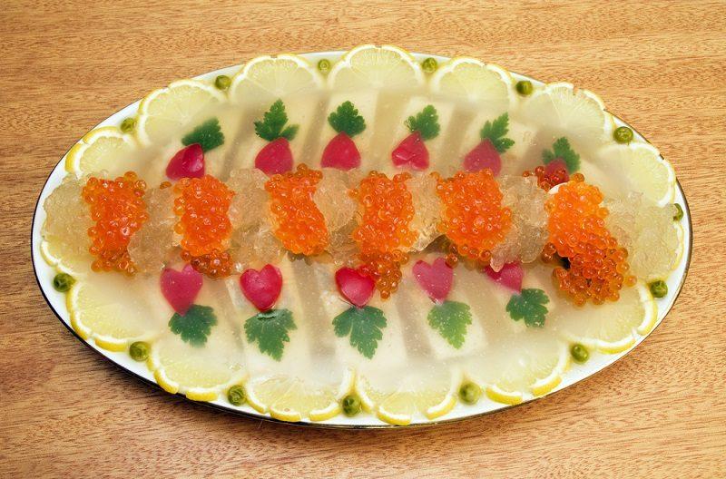 jellied-fish-with-caviar