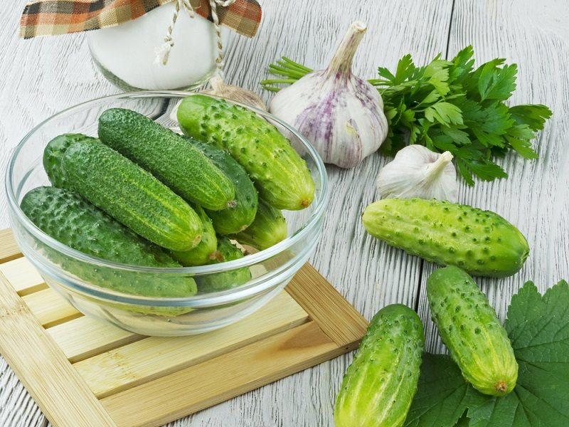fresh-cucumbers-on-a-wooden-table