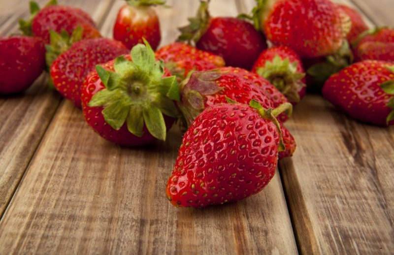 strawberry-on-a-wooden-table