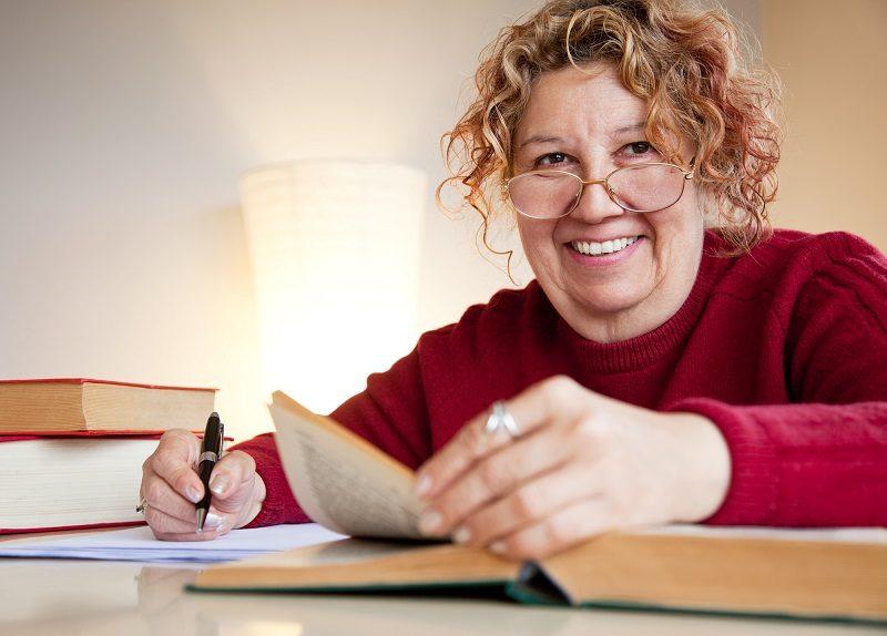 professor-jew-over-books-smiling