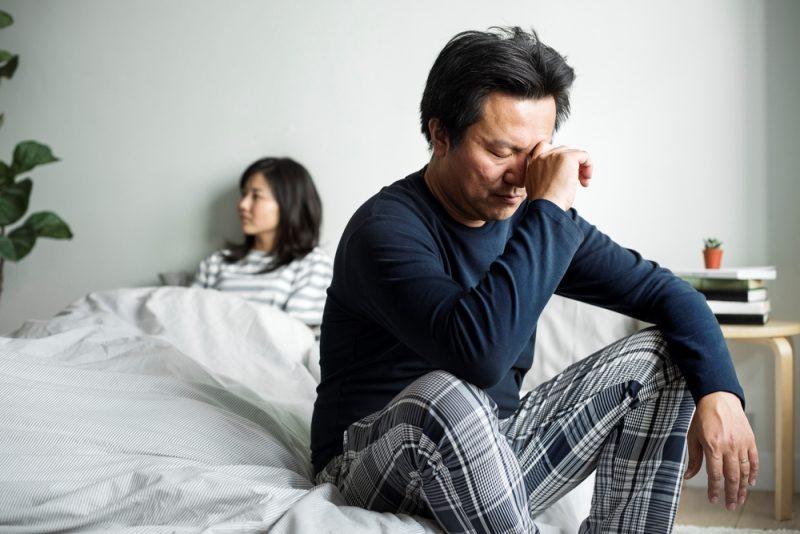 asian-couple-have-an-argument