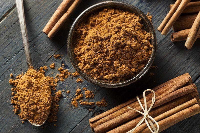 organic-raw-brown-cinnamon