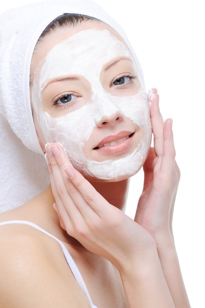 woman-doing-cosmetic-mask-2