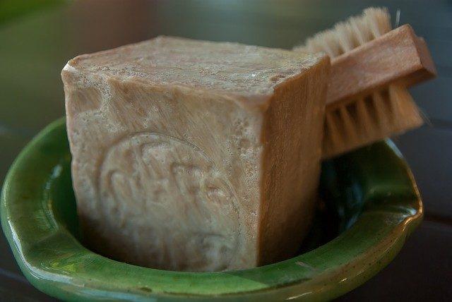Золотая памятка: 21 секрет применения хозяйственного мыла