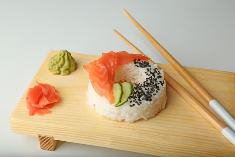 sushi-doughnut-on-white-background-3