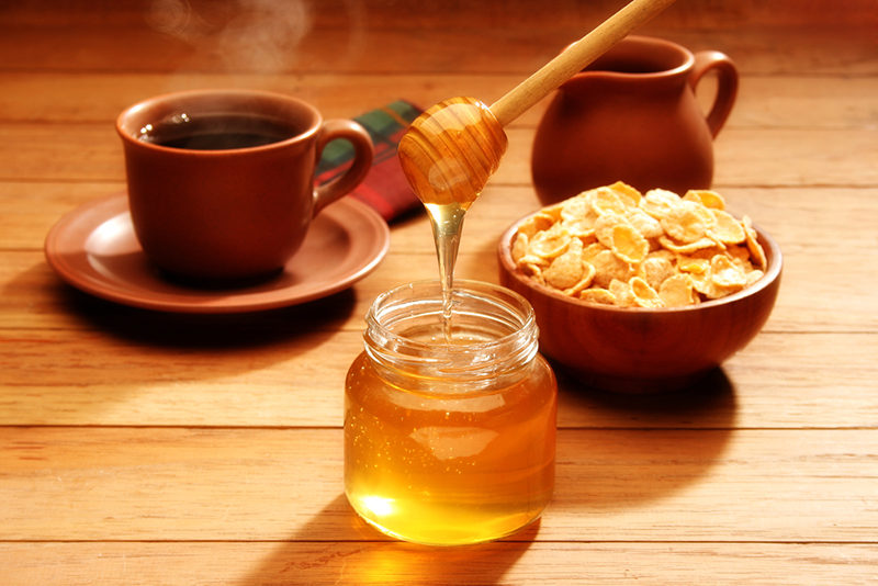 healthy-breakfast-with-honey-2