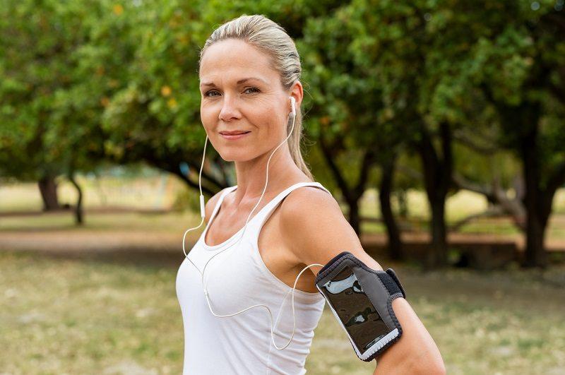 mature-woman-jogging-7