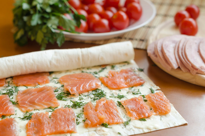 making-salmon-rolls-with-dill-and-cheese-cooking
