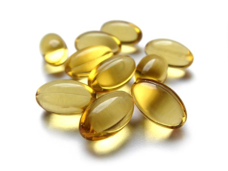 group-of-transparent-pills-of-viamin-e