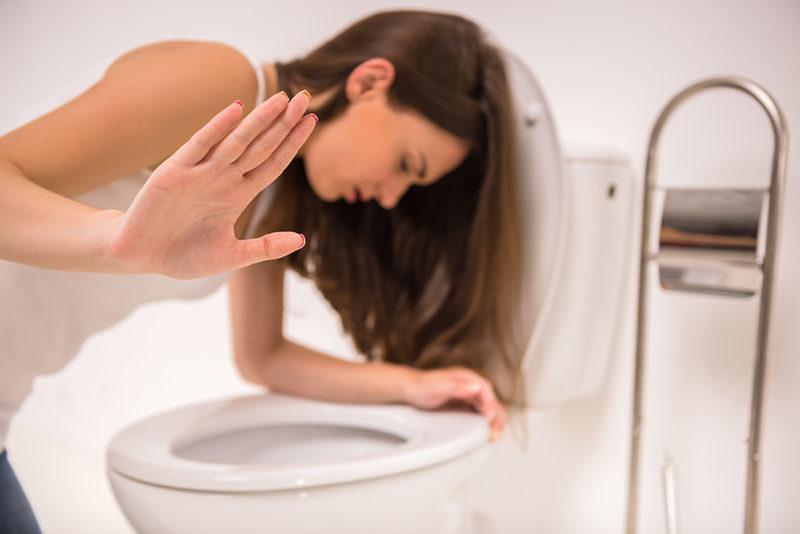 woman-in-toilet